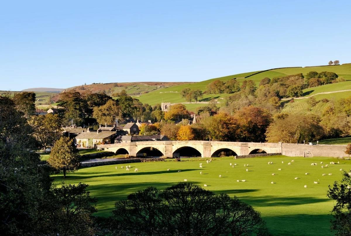 Southern Yorkshire Dales - Family - AdobeStock_63841295.jpeg