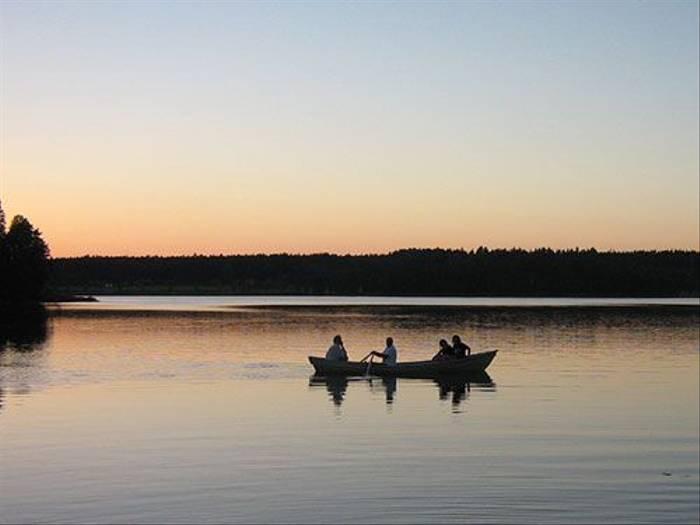 Lake Stävre (Daniel Green)