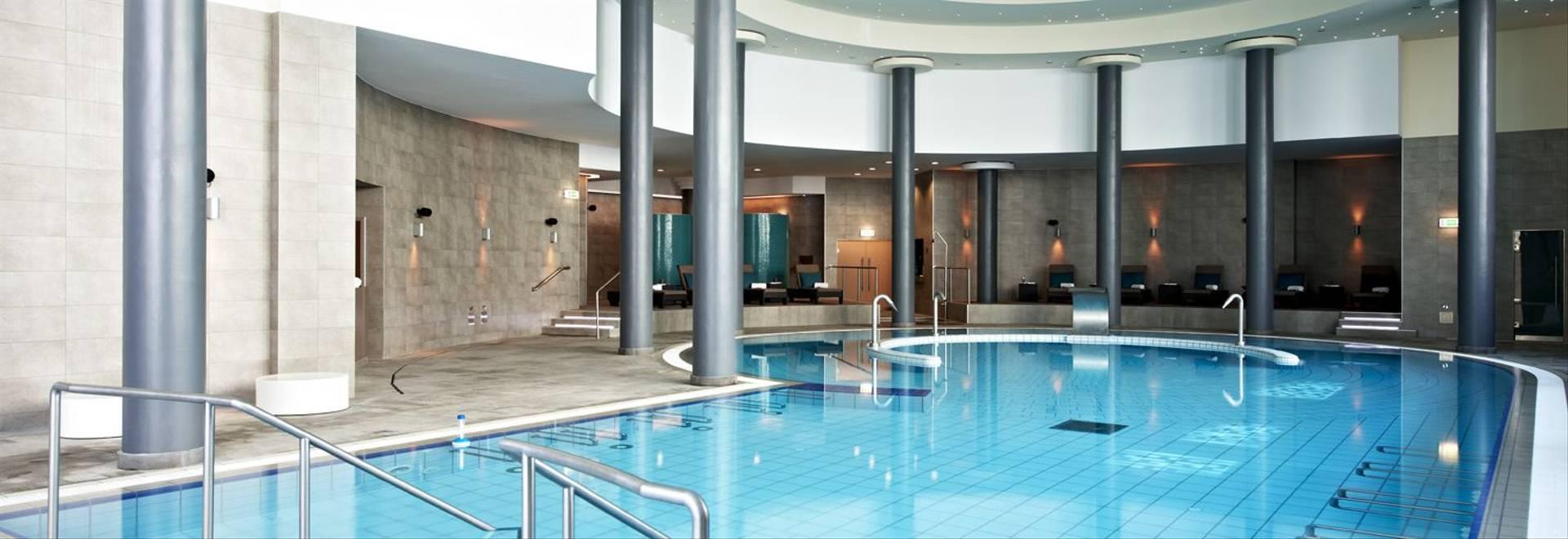 Palacio-Estoril-indoor-pool-wide.jpg
