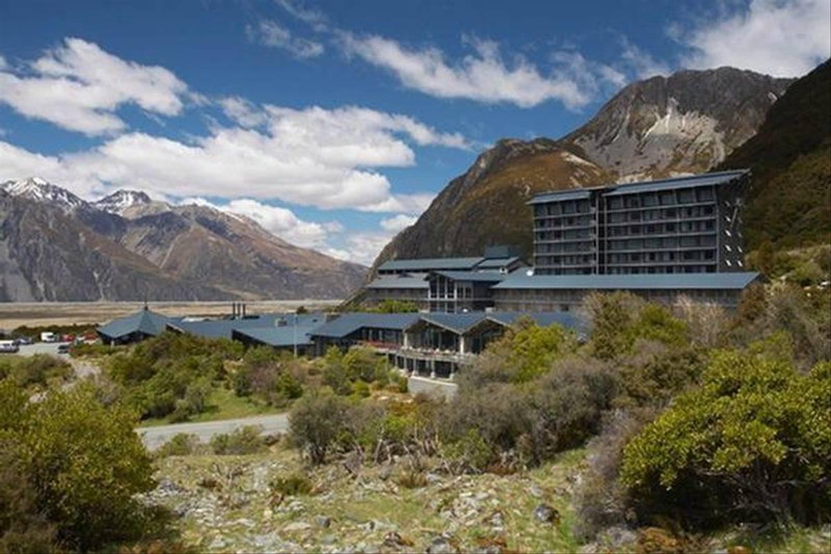 New Zealand - Hermitage exterior.jpg