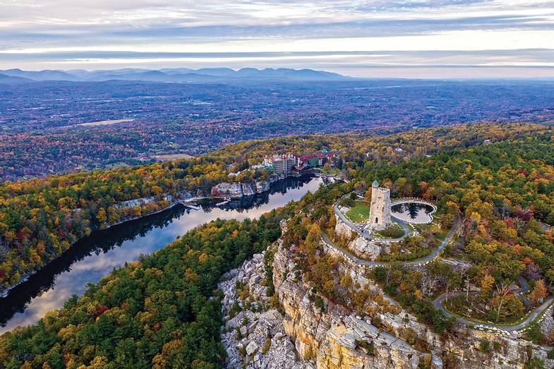 Mohonk-Mountain-House-Fall-Ian-Poley-Sky-Top.jpg
