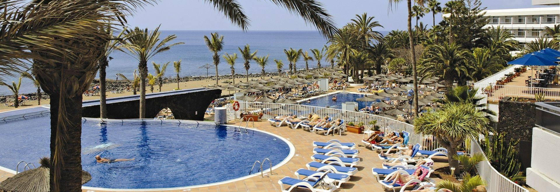 Copia De Piscina Y Playa