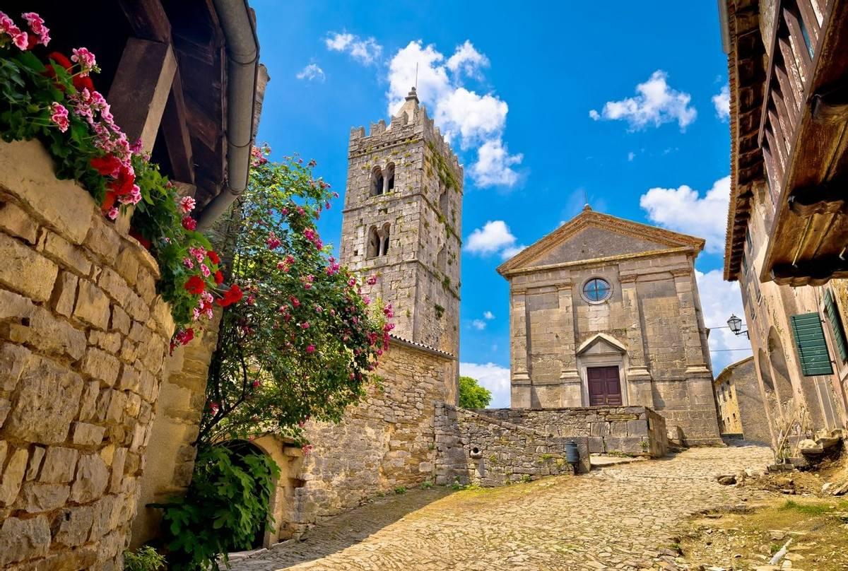 Hum, Croatia Shutterstock 566482111