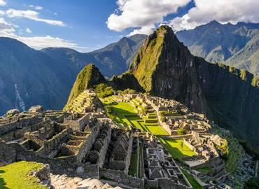 Peru - Macaws and Machu Picchu (non-trek)