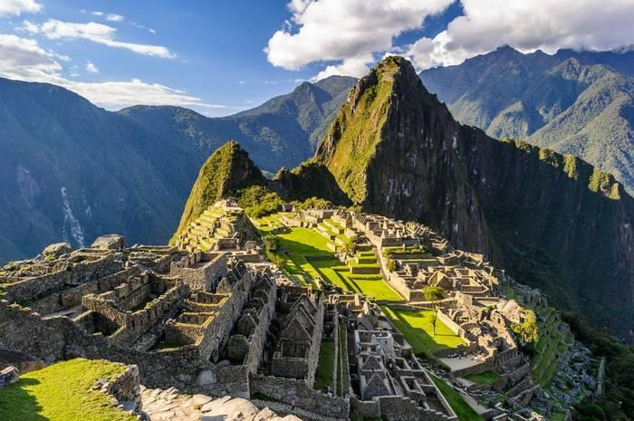 Machu Picchu, Peru Shutterstock 168497345 (1)