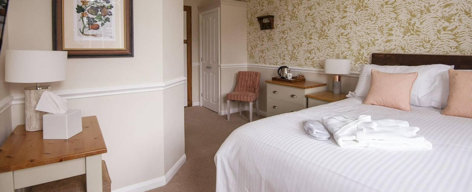 10688_0169 - Abingworth Hall - Room 10A