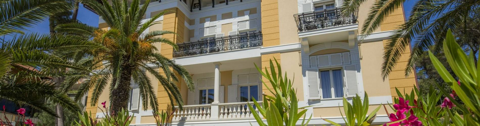 13. Boutique Hotel Alhambra-villa Augusta (1).jpg