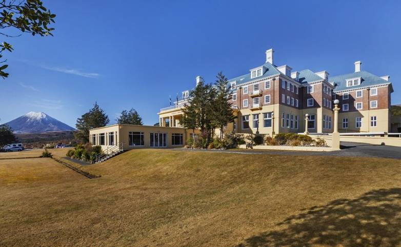 New Zealand - chateau-tongariro-hotel-our-hotel-our-history-image1.jpg