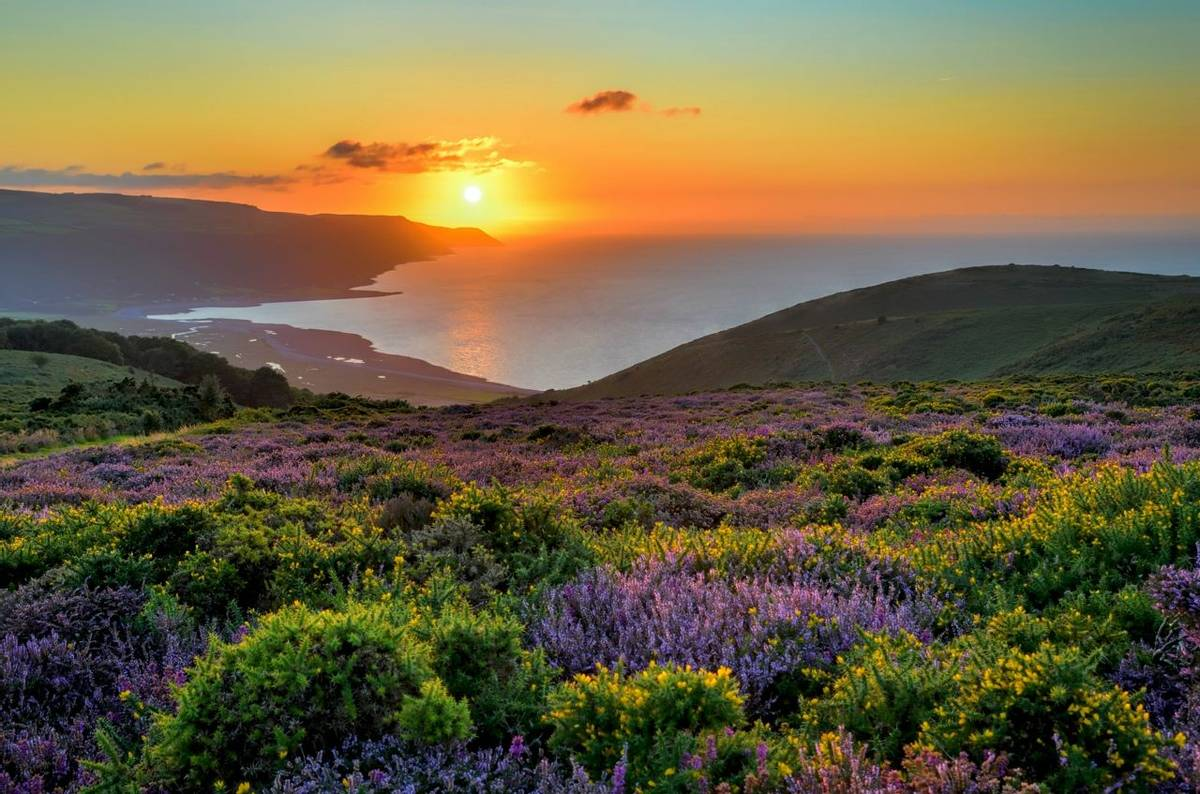 DO NOT USE - Sunset over Porlock Bay, Exmoor, England