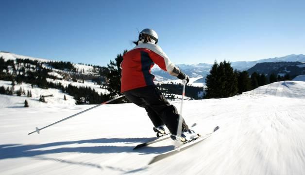 Skier Dreamstime 13182062