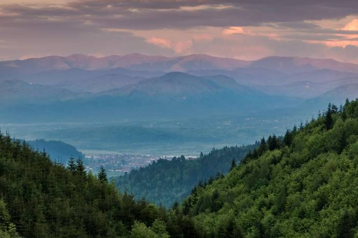 Carpathian Mountains at Sunset, Brasov (Ian Tulloch)