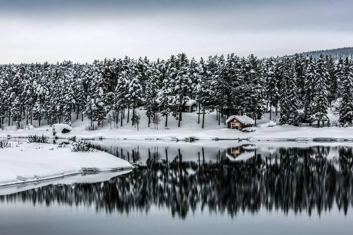 Winter landscape, Sweden shutterstock_181735961.jpg