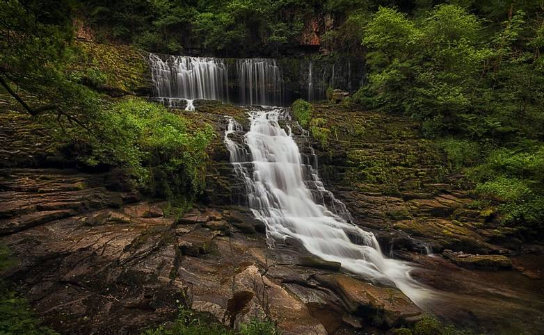 Brecon - Sgwd Clun Gwyn Waterfall - AdobeStock_209587844.jpeg