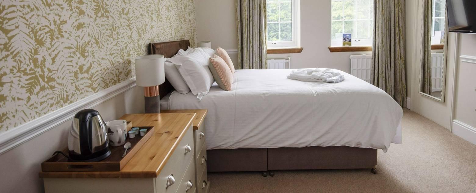 10688_0166 - Abingworth Hall - Room 10A