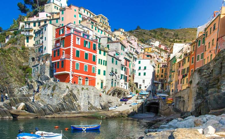 Italy - Cinque Terre - Cooking & Walking - AdobeStock_102617881.jpeg
