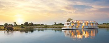 Luxury Zambezi Queen & African Experience