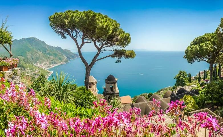 Italy-AmalfiCoast-Trail-AdobeStock_93248516.jpeg