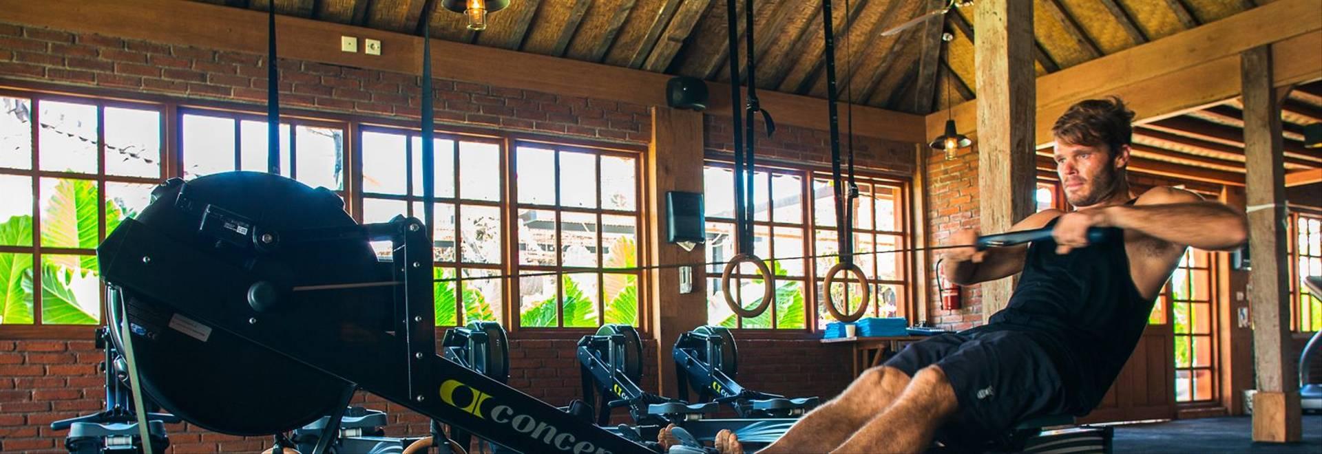 Komune-Bali-men-fitness.jpg