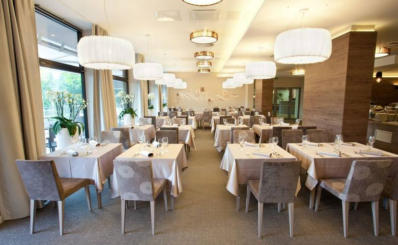 Slovenia - Lake Bled - Hotel Astoria - Hotel_Astoria_foto_Jošt_Gantar (29).jpg