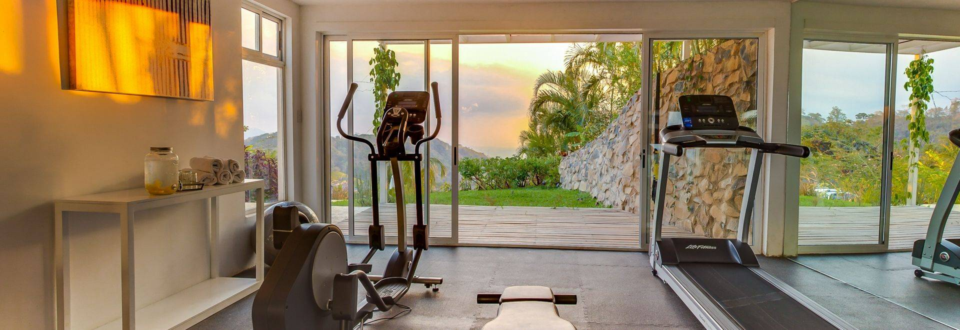 The-Retreat-Costa-Rica-gym.jpg