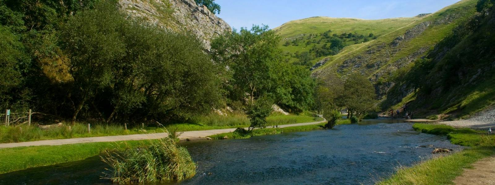 Dovedale_Gorge_Peak_District_AdobeStock_23317657.jpeg