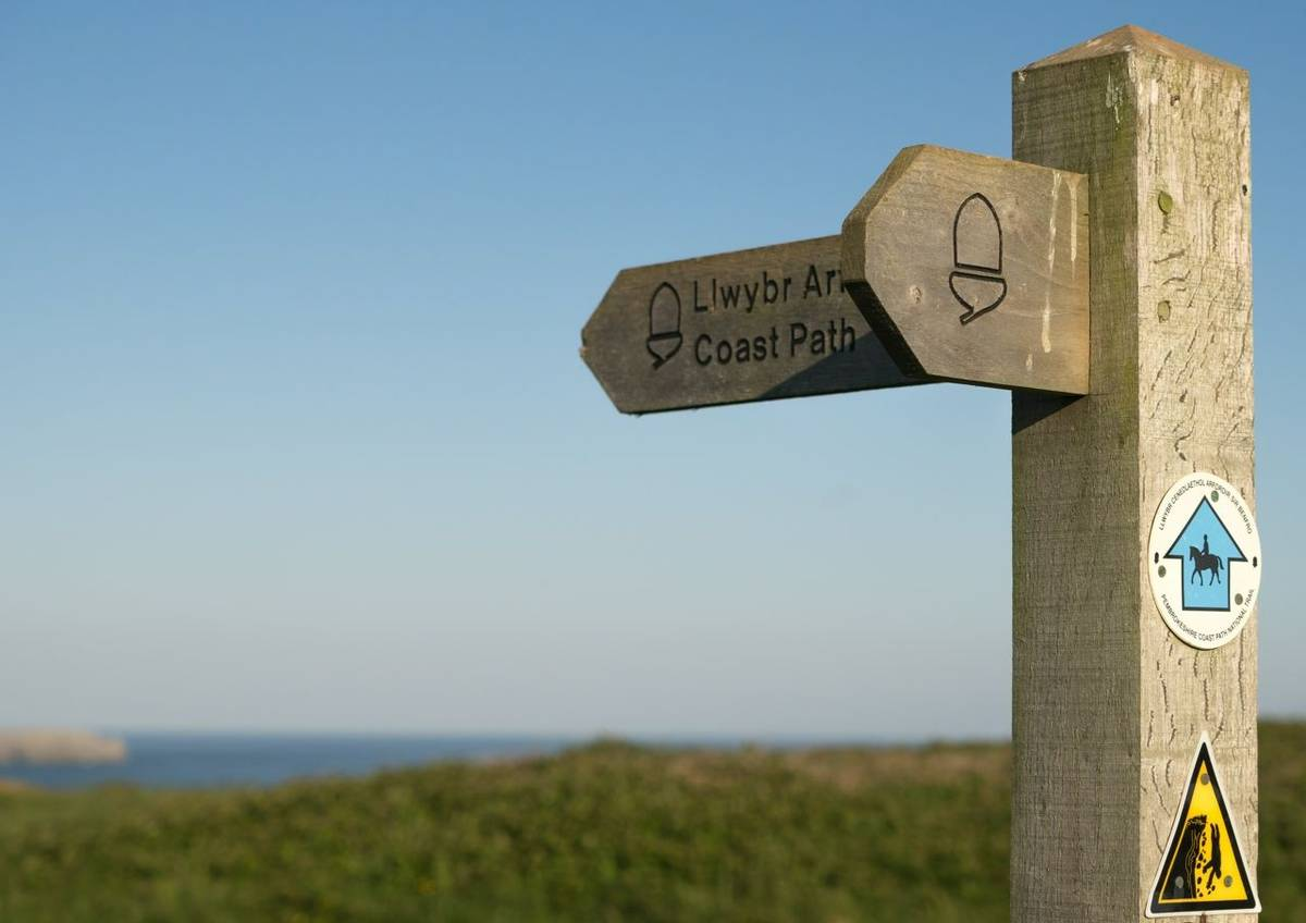 Pembrokeshire Coast Path - Guided Trail - AdobeStock_163303018.jpeg