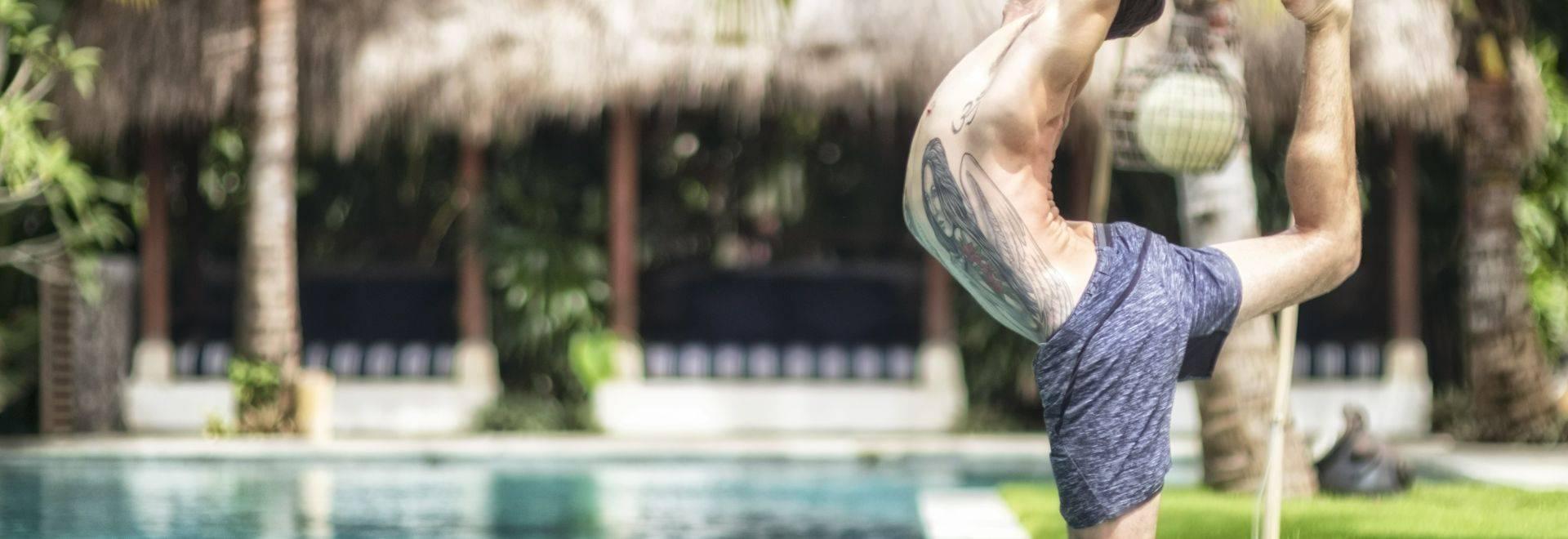 Komune-Bali-yoga-pose.jpg