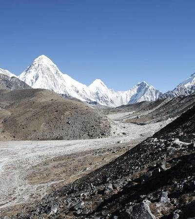 Valley up to Everest Base Camp