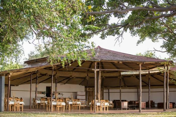 Hara Langano Restaurant, Lounge & Bar
