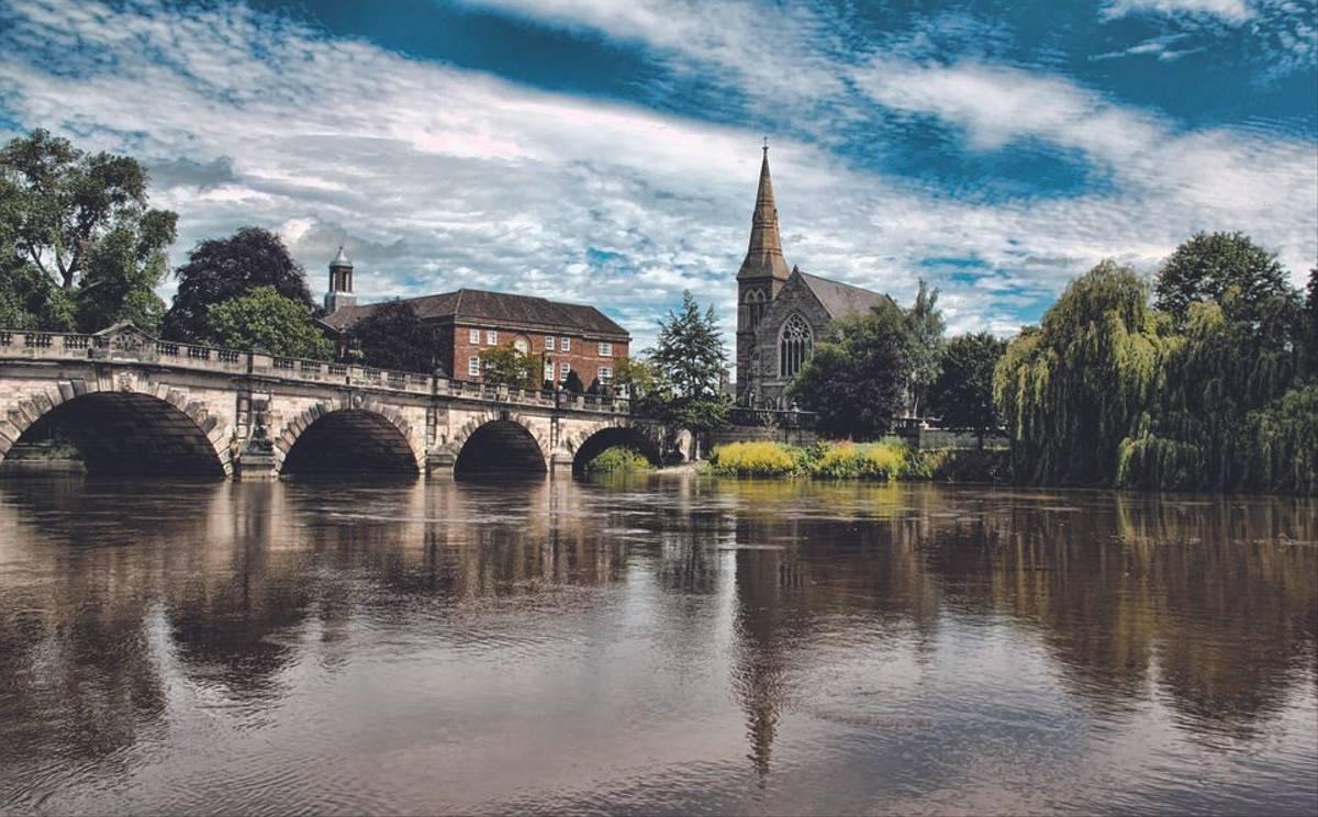 Shrewsbury-1377319_960_720 Pixabay.jpg