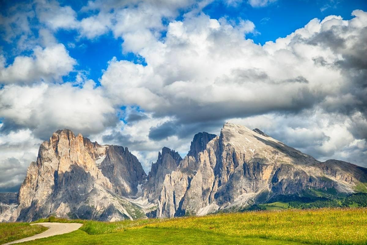 Italy - Dolomites - Sasso Piatto - AdobeStock_110384732.jpeg