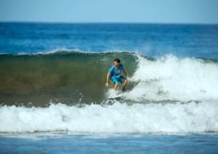 Florblanca-surfing-1.jpg