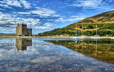 Arran - Island Hopping - Lochranza Castle_AdobeStock_317337419.jpeg