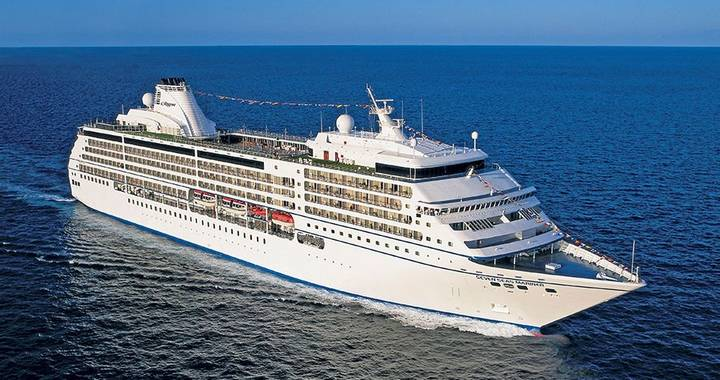 Cape Town - Disembark Seven Seas Voyager®