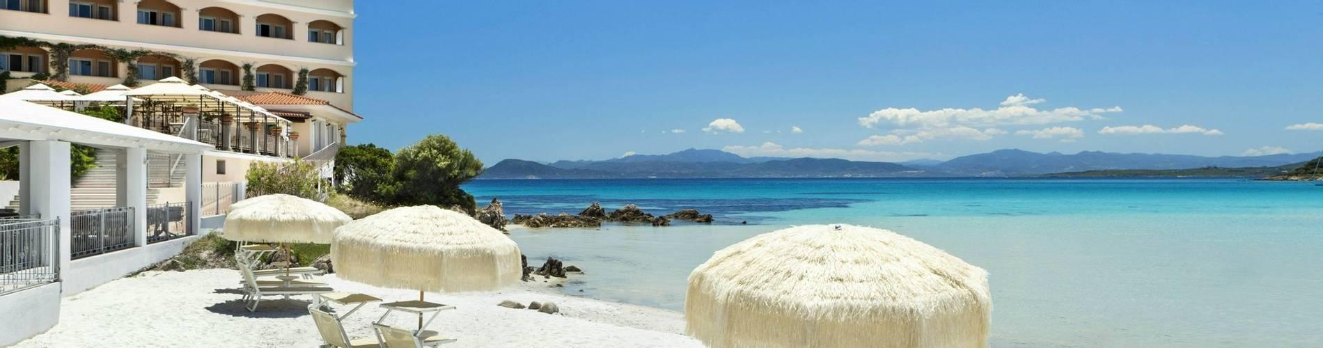 1 Private Beach - Gabbiano Azzurro Sardegna.jpg