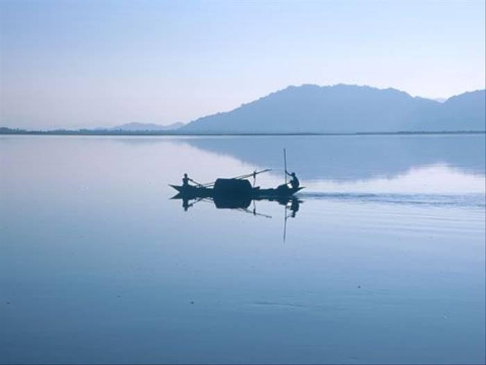 Brahmaputra River (Noburu Komine)