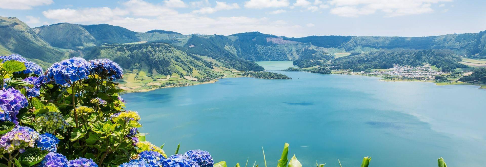 Shutterstock 214920154 Lake Of Sete Cidades
