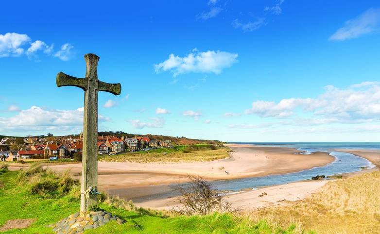 Alnmouth beach with wooden cross