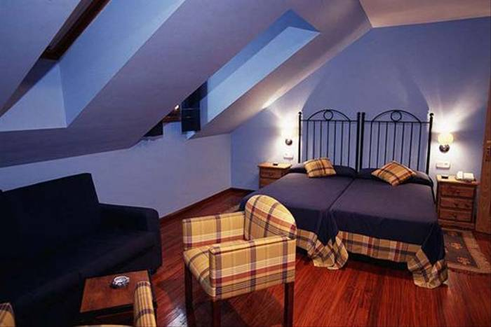 Cantabrican hotel bedroom