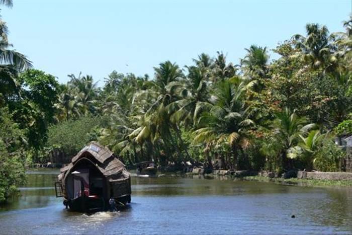 Kerala houseboat (Tim Melling)