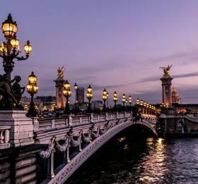 Arrive in Paris