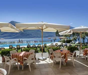 Italy - Lake Garda - Hotel du Lac -H. D. L. Piscina  010.jpg