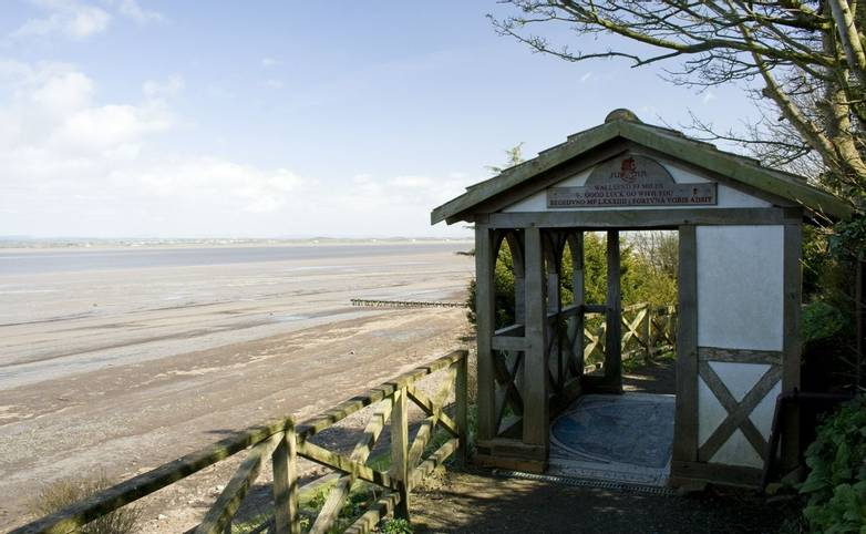 Hadrian's Wall - Trail - Bowness on Solway_AdobeStock_220373462.jpeg