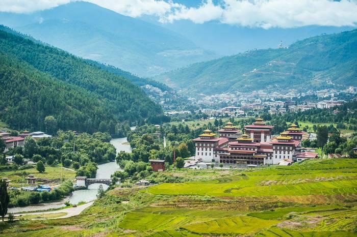 Trashi Dzong, Bhutan (Thimphu) shutterstock_201917491.jpg