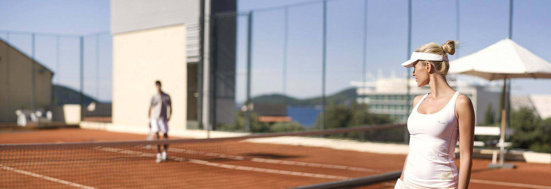 Sun-Gardens-tennis.jpg