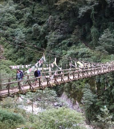 Bridge below Tshoka
