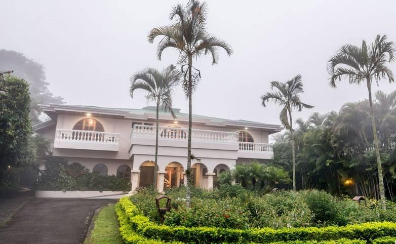 Costa Rica - Hotel Buena Vista - External front.jpg