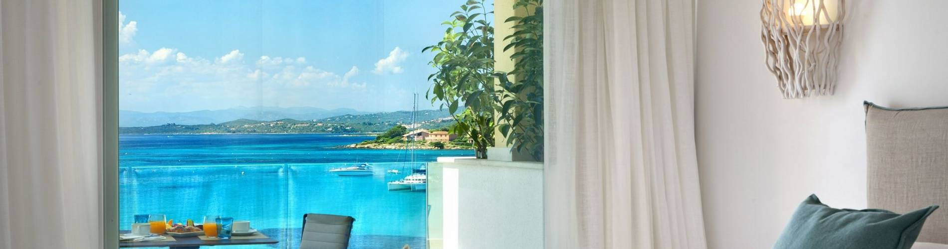 Pool Suite - Gabbiano Azzurro Hotel Sardinia2.jpg