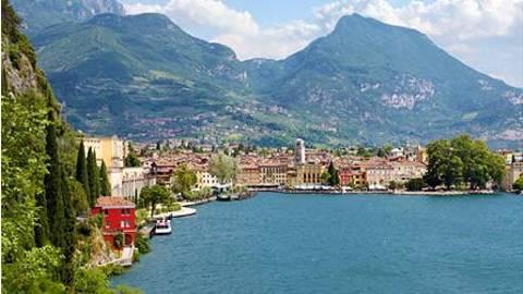 Day 9   Italy   Lake Garda  2