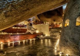 Kamalaya-meditation-monk-cave.jpg